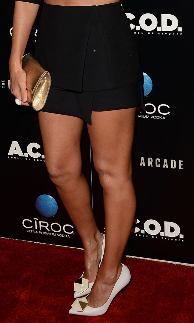 Jessica Narcisco Rodriguez black wool short skirt ACOD premiere