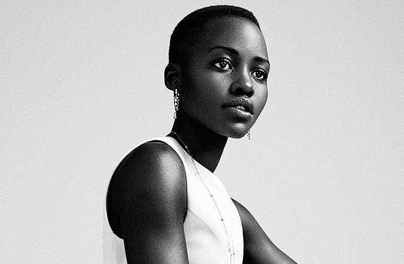 Lupita-Nyongo-stuns-in-Narcisco-Rodriguez-little-white-dress