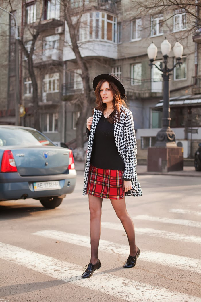 Viktoriya Sener Shows Us How To Look Fabulous Without