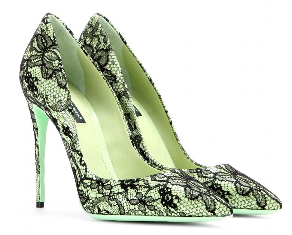 Dolce Gabbana apple black Kate lace-coated pumps