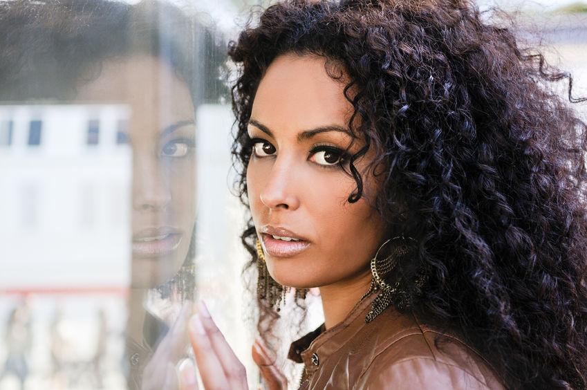 beautiful brunette curly hair brown eyes