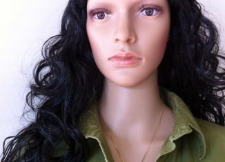 Mannequin in green George blouse