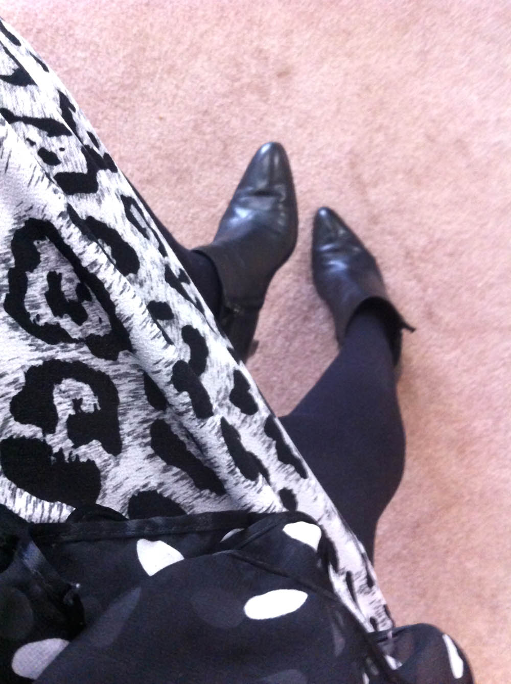 animal print dress black fitted jacket black white polka dot scarf black ankle boots black tights 2
