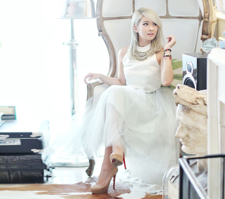 Blogger Anastasia Siantar from Jakarta, Indonesia wearing a white tulle skirt