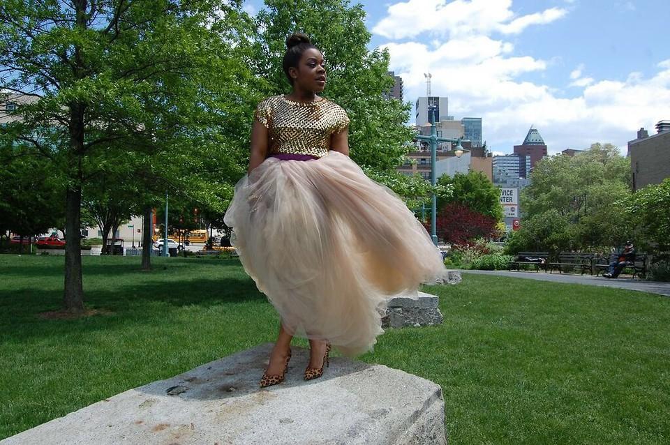 Christian Riley fashion stylist blogger Brooklyn NY wearing a tulle skirt