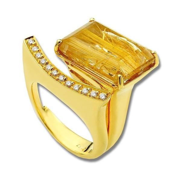 Anastazio princess quartz and gold ring