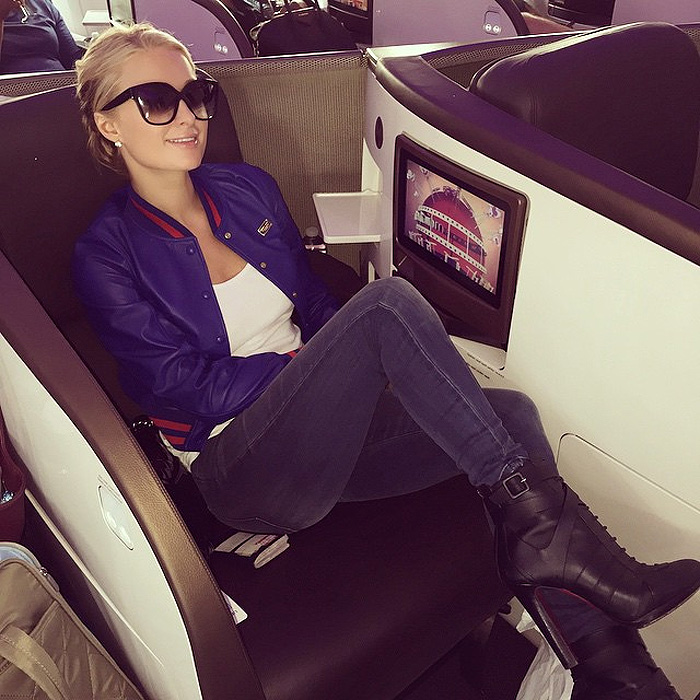 Paris Hilton jetting from LA to London jeans and a t-shirt