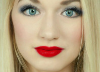 woman red lipstick