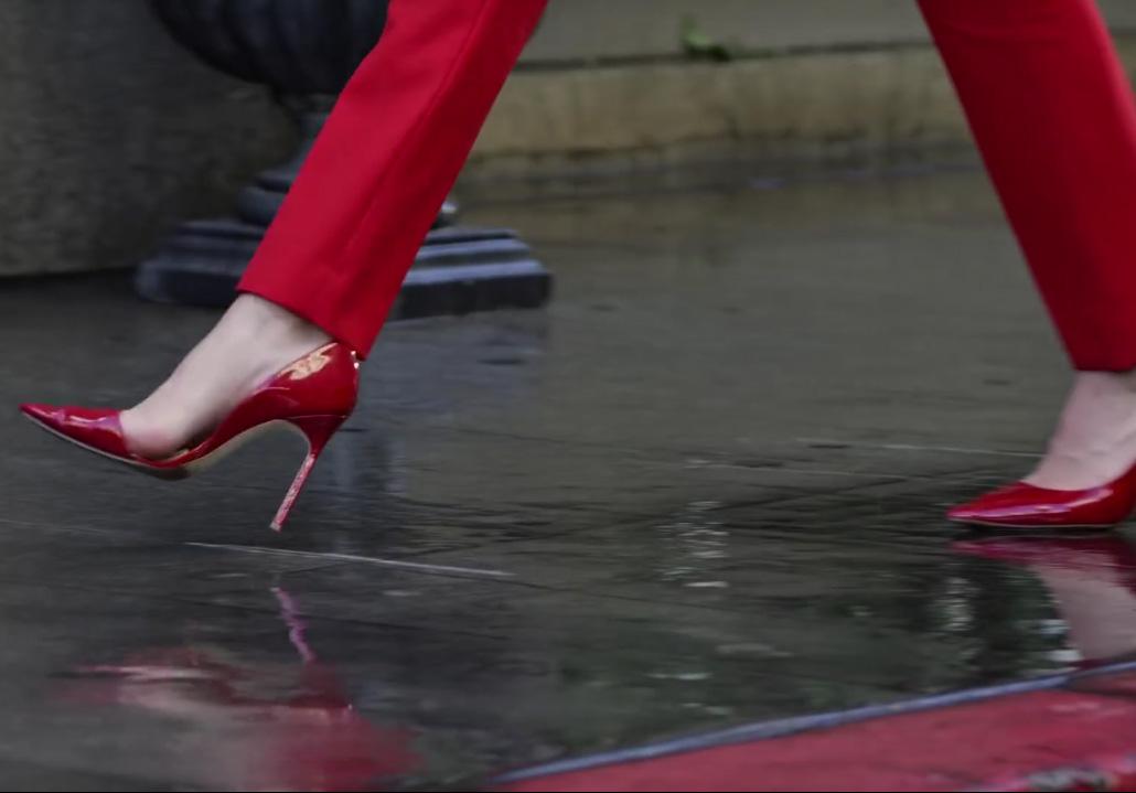 Kendal Jenner Estee Lauder Modern Muse Le Rouge perfume ad red stilettos