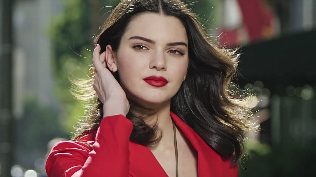 Kendal Jenner Estee Lauder Modern Muse Le Rouge perfume ad
