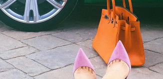 Kylie Jenner pink pumps orange birkin bag
