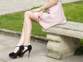 what color shoes to wear with a pink dress cr