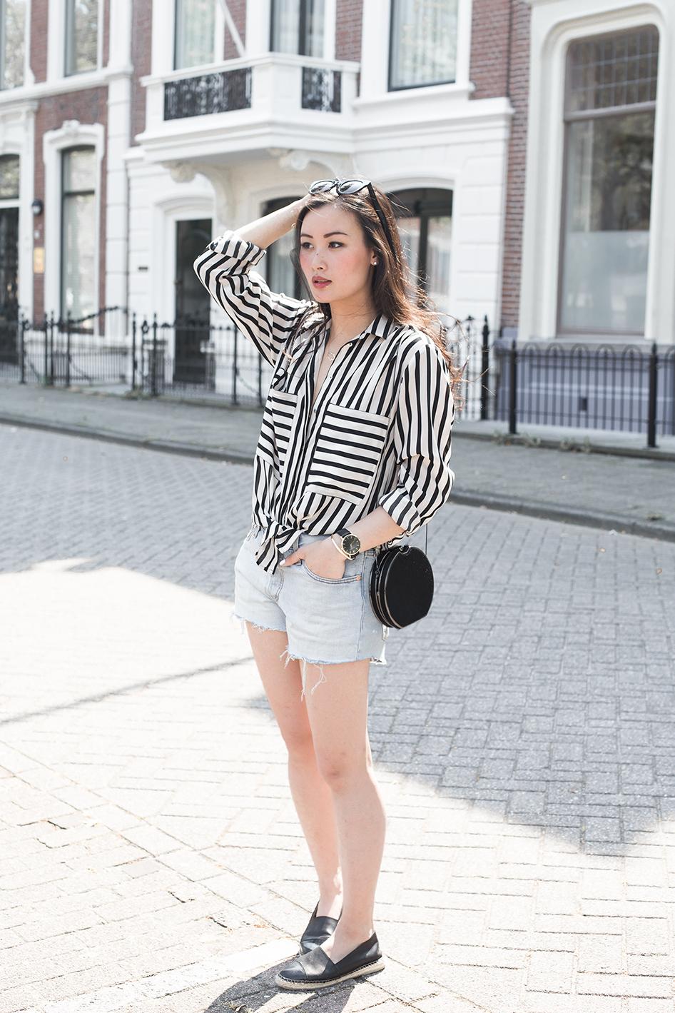 levi nguyen tlnique blogspot wearing black white striped shirt with denim shorts