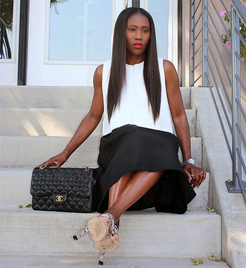 Ranti Onayemi Chanel classic flap bag gold black white outfit sitting on steps