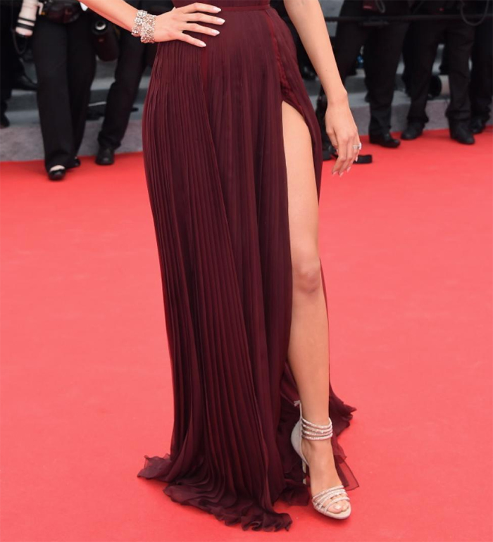 Blake Lively nude sandals burgundy dress 2014 Cannes Film Festival
