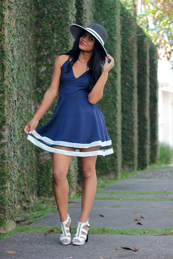 What Color Shoes To Wear With Blue Dress Avenuesixty